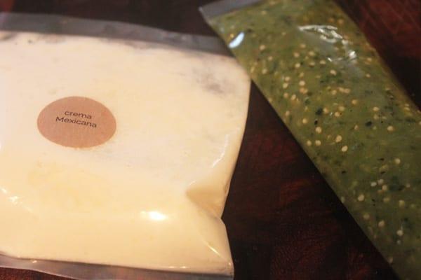 Crema Mexicana Forage box - Copy
